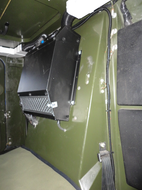 RED DOT INTERIOR AC